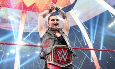Rhea Ripley commente les critiques des fans sur son personnage de la WWE