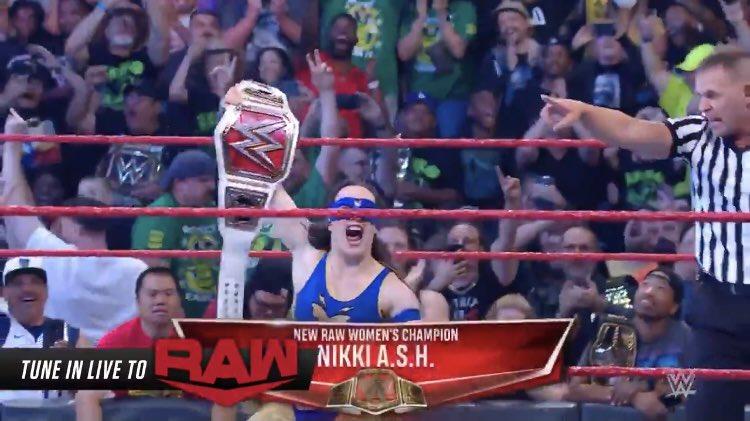 Wrestling World réagit à la victoire de Nikki ASH sur WWE RAW
