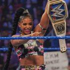 Bianca Belair parle de sa défaite contre Becky Lynch et Sasha Banks manque à SummerSlam