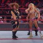 Rapports différents sur ce qui s'est passé entre Charlotte et Nia Jax lundi soir à Raw
