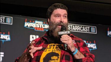 Mick Foley : la WWE fait beaucoup de choses bien, mais elle devrait faire plus attention à la continuité