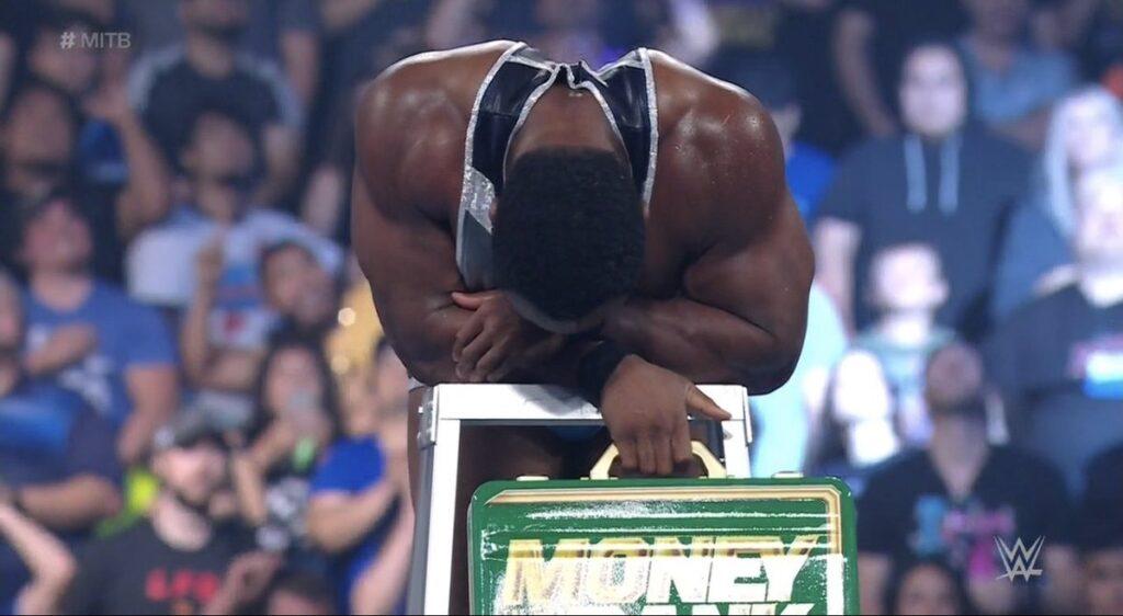 Big E confirme qu'il encaisse sa mallette Money in the Bank à Raw ce soir -