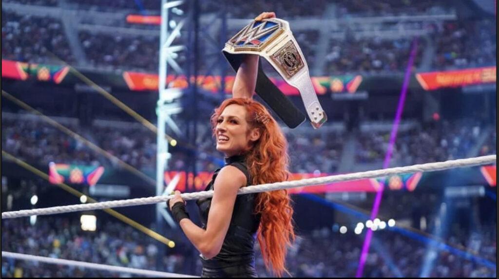 Becky Lynch révèle que c'était l'idée de la WWE de tourner le talon