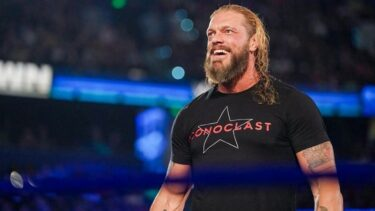 Edge was happy to see Hit Row backstage on SmackDown