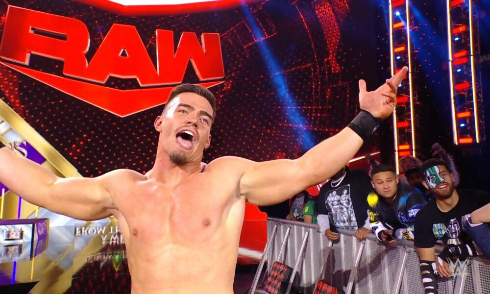 La WWE commence la poussée d'Austin Theory en tant que joueur sur la liste principale